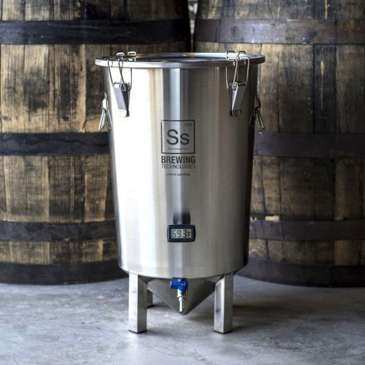 BrewBuckets, Fermenters and Uni Tanks
