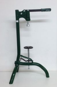 Floor/bench capper-large